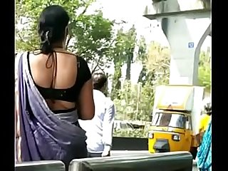 ONE OF BEST JAIN SLUTTY BHABHI IN SAREE EXPOSING HER CURVY WAIST AND BACK