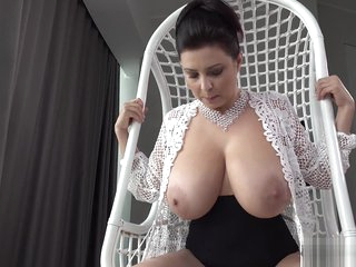 Amazing huge natural tits