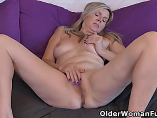 Blonde mature Velvet Skye from Canada will seduce you with her sultry milf body (now available in Full HD 1080P). Bonus video: Canadian milf Bianca.