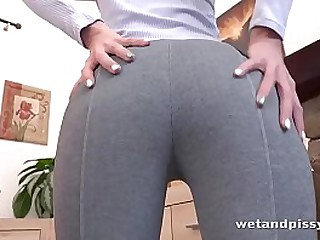 HD Pissing- Soaking Clothes with Pee - Wetandpissy